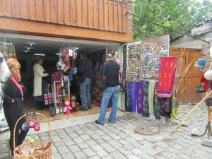 One of the many tourist shops in Meskheta.